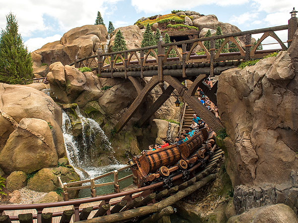 Ten Best Themed Disney Rides