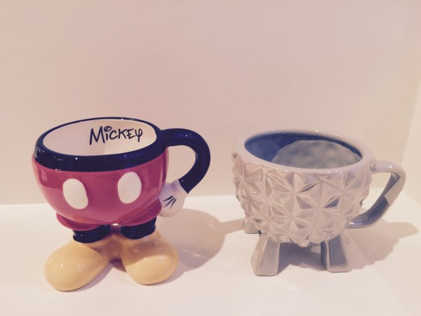 """""""great Disney souvenirs spaceship-earth-and-mickey-mouse-mugs"""""""