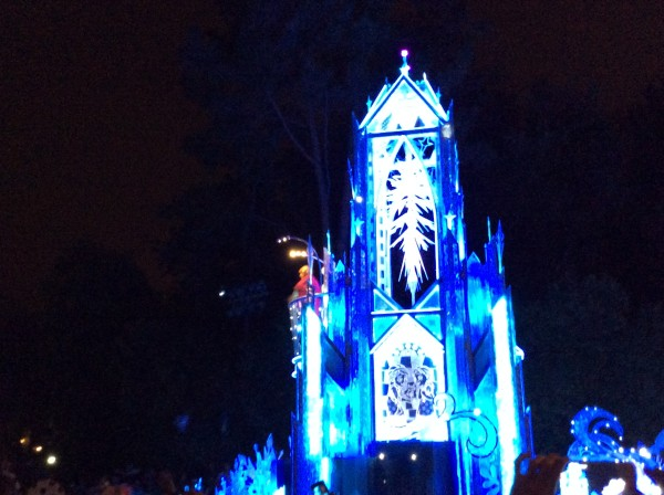 frozen float with anna and elsa