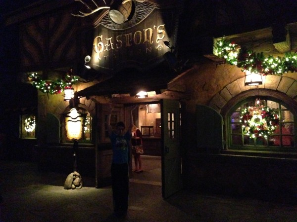 """Gaston's Tavern at night"""