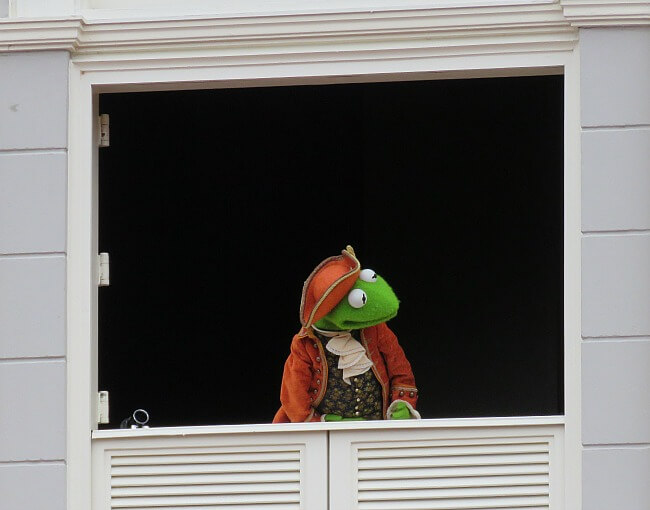 Muppets Present Great Moments in History