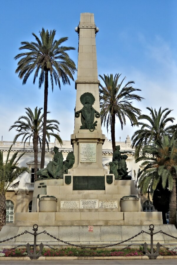 Monumento a los Heroes de Cavite in Cartagena, Spain #travel #Spain #Cartagena