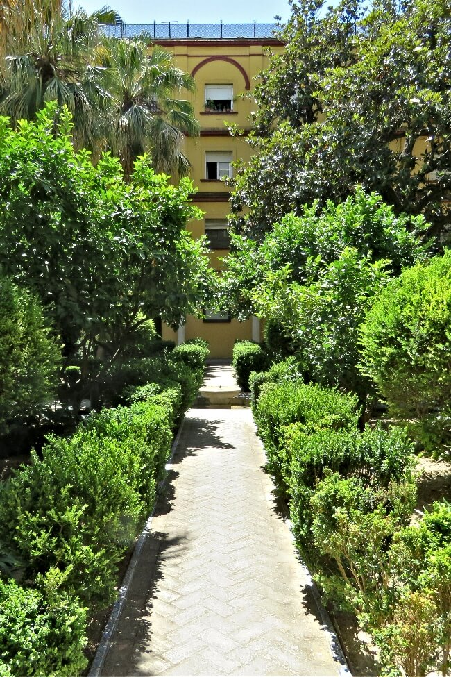 Gardens of the Real Alcazar, Seville, Spain #travel #Spain #Seville #Alcazar #RealAlcazar #GOT #gardens #architecture